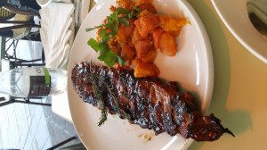 """Ribs"" at Gateway Mall in Durban: Typical South African food that is GLAZED! Watch out for this!"